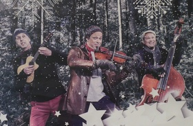 Bild: BERTA EPPLE Unterm Baum - Die Weihnachtsshow