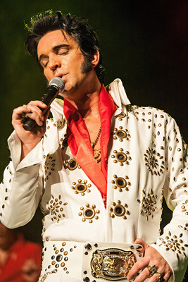 Bild: The Elvis Xperience - Nils Strassburg & The Roll Agents - Las Vegas Christmas Show