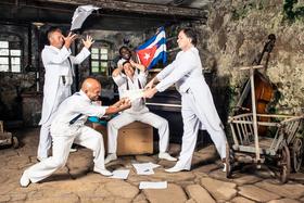 Bild: Klazz Brothers & Cuba Percussion