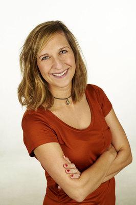 Sarah Hakenberg |