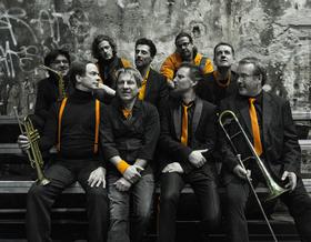 Bild: Die Zöllner 30 Jahre mit Pauken und Trompeten
