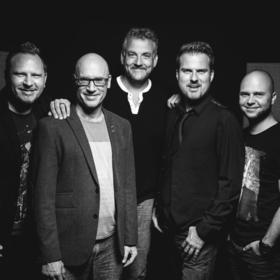 Bild: Alte Bekannte - live 2019 - Halle