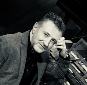 Bild: Blüthner Meister-Konzert 3 Terrassenkonzert mit Mariusz Drzewicki