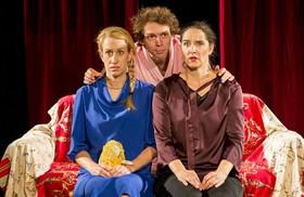 Bild: Ein Mords-Sonntag - Velvets Theater