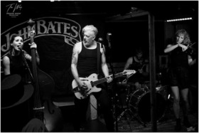 Bild: THE GODDAMN GALLOWS, KOFFÍN KATS und BIG JOHN BATES - Voodoo Billy - Gutterbilly meets Psychobilly meets Voodoo Blues Rock / Festival