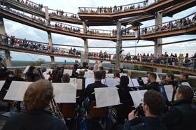 Bild: Sinfonieorchester - ganz oben!