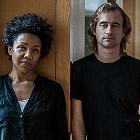 Bild: Fola Dada & Rainer Tempel . Liederabend