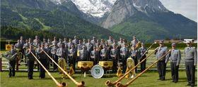 Bild: Benefizkonzert KSK Dingolfing - die KSK 1820 Dingolfing e. V. präsentiert das Gebirgsmusikkorps Garmisch-Partenkirchen