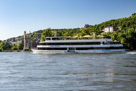 Bild: Silvester auf dem Rhein 2019/2020 - 2 Übernachtungen im NH Hotel inkl. Schiffahrt zur Jahreswende, Buffet / DJ / Tanz
