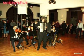 Bild: Ballroom-Night