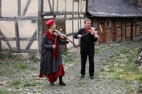 Klingendes Museum - Wie in einer Geigenbauwerkstatt
