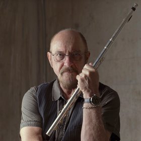 Jethro Tull - by Ian Anderson