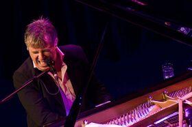 Bild: Donovan Aston: Sir Elton John´s Greatest Hits