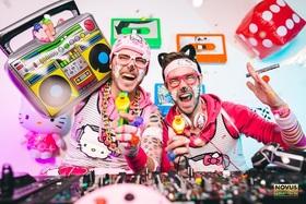 Bild: 90er Party mit dem Mütze KATZE DJ TEAM - Deutschlands erfolgreichstes 90er DJ Team auf Tour