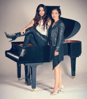 "Bild: Queenz of Piano - ""VERSPIELT"" - Entertainment. Konzert. Zwei Flügel."