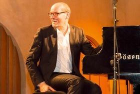 Bild: PIANO SOLO mit Frank Muschalle