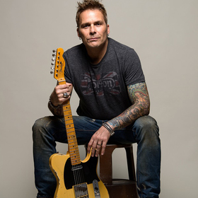 Bild: Mike Tramp of White Lion & Band of Brothers - Live 2019
