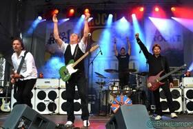 Bild: Tribute To Status Quo Band