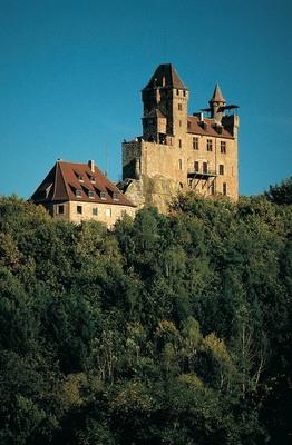 Bild: RHEINPFALZ-CARD-Ferienkalender: Fackelführung mit Ritterimbiss auf Burg Berwartstein - auf der Burg Berwartstein