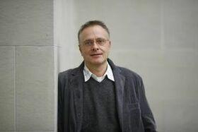 Bild: Lesungen - Kiesel im k42