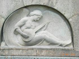 Bild: Bezaubernde Engel im Fürther Stadtpark