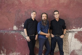 Calexico and Iron & Wine / Hong (Support)  - STIMMEN 2019