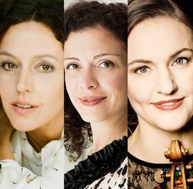 Bild: Franziska Hölscher (Violine), Maria Schrader (Sprecherin), Marianna Shirinyan (Klavier)
