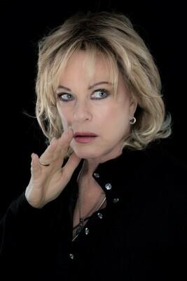 Bild: Lisa Fitz - Flüsterwitz - Die Grande Dame des deutschen Kabaretts