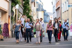 Bild: Rundgang zu den Stolpersteinen in Wetzlar