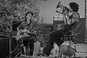 Bild: Felix Meyer und Erik Manouz Landstraßenmusik Tour 2019
