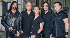 Bild: Metal Church & Armored Saint - Live 2019