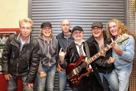 Bild: AB/CD - AC/DC Tribute