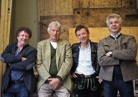 """Bild: Gerhard Polt & die Wellbrüder aus'm Biermoos - """"40 Jahre Polt – Well: Im Abgang nachtragend"""""""