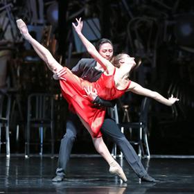 Bild: Carmen-Suite / Der Dreispitz - Anhaltisches Theater Dessau