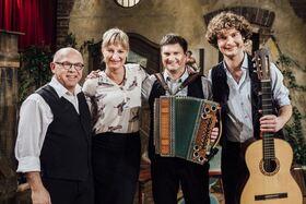Bild: BR Brettl-Spitzen - mit dabei: Couplet AG, Trio Schleudergang, Gitti Walbrun, Barbara Preis