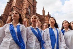 """Bild: Konzert Mädchenkantorei am Freiburger Münster - """"O praise God in his holiness"""""""