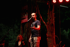Bild: Poetry Slam - Flashlight in the Dark - Kulturtage Sonnenberg