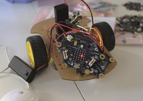 Bild: Fahrroboter mit Sensoren bauen und programmieren - Lego Mindstorms EV3 - Workshop mit dem ZKM