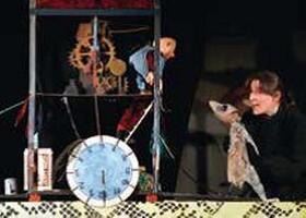 Bild: Moussong Theater: Die Geschichte von der kaputten Uhr