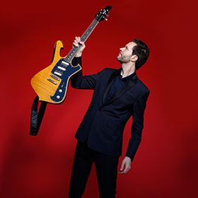 Bild: PAUL GILBERT - Behold Electric Guitar Tour