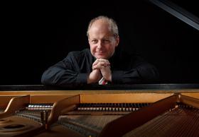 Bild: Chopin – 21 Etüden - Erklärkonzert mit Wolfgang Manz, Klavier