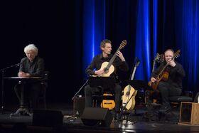 Bild: Udo Wachtveitl und Gitarrenduo Gruber & Maklar