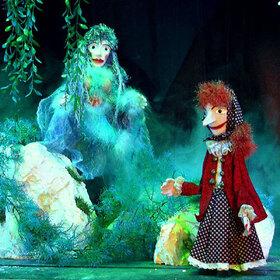 Bild: Die kleine Hexe sucht ein neues Zuhause - Die kleine Hexe sucht ein neues Zuhause
