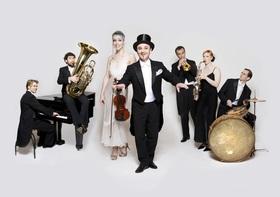 Bild: Casanova Society Orchestra - Die goldenen 20-er - musikalische Revué aus Berlin