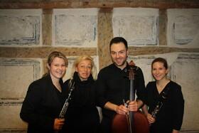 Bild: Romantische Kammermusik für Klarinette, Cello und Klavier - Sandra Kaltenbrunn & Yvonne Bauer, Klarinette