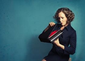 Bild: Anne Folger - Selbstläufer - Klavier-Kabarett & Klassik-Crossover
