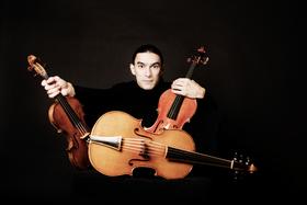 Bild: Sergey Malov - Violine, Viola und Violoncello da spalla