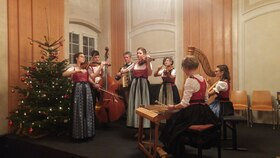 Bild: Adventliche Volksmusik - Besinnliche Texte und Musik