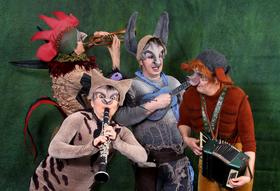Bild: Die Bremer Stadtmusikanten - Theatermärchen mit Krallen, Fell, Federn und mehr für Kinder ab 5