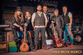 Bild: Juke Box Hero – Foreigner Tribute Band